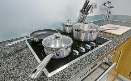 Фотография: Кухня и столовая в
